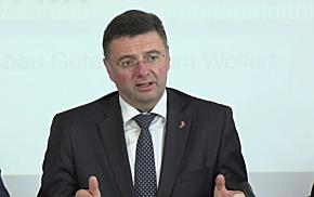 850 Millionen Euro für Schiene, Straße, Internet und Forschung